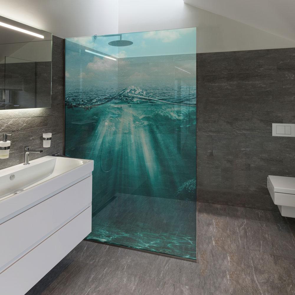 bedruckte duschtrennw nde aus glas auch individuelle. Black Bedroom Furniture Sets. Home Design Ideas